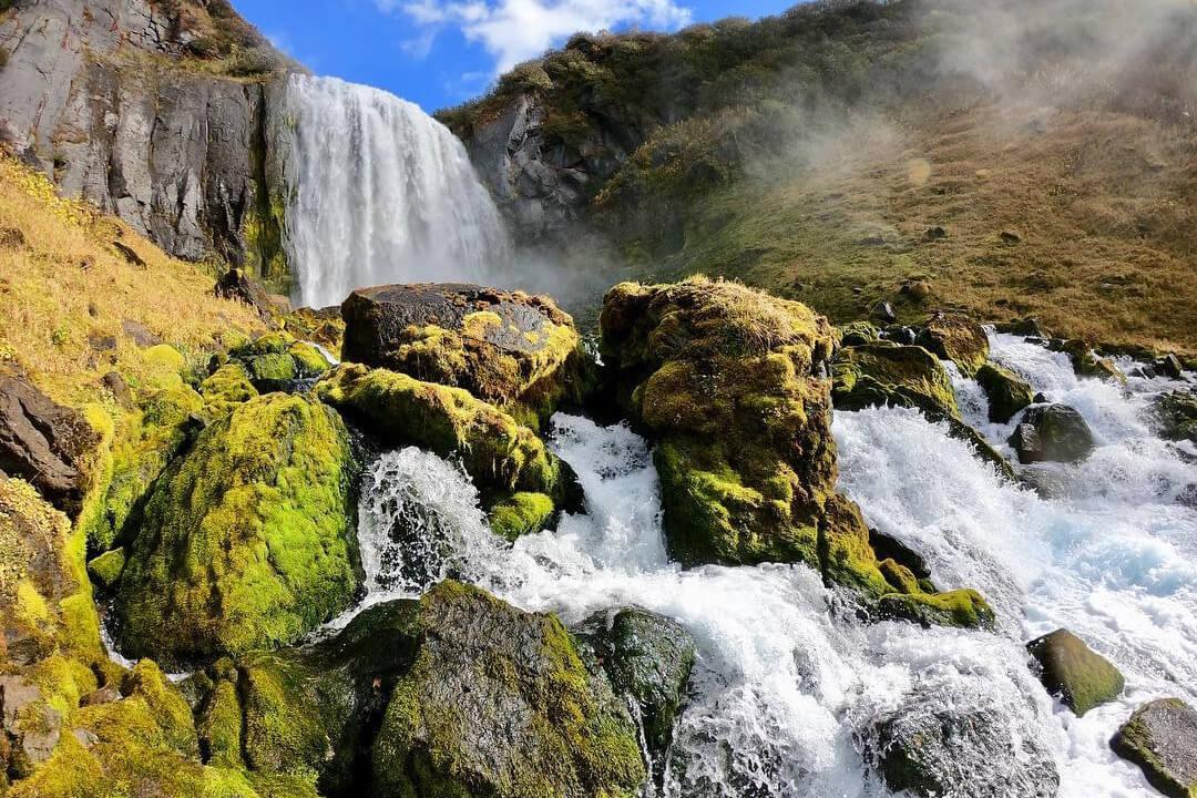 Безымянный водопад