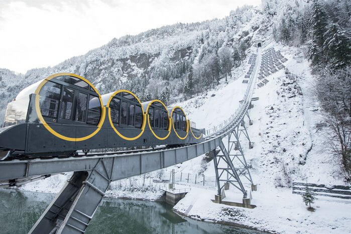 Самый быстрый фуникулер на швейцарском курорте Штоос