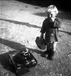 Пьер Жаме французский фотограф и певец, лучшие фото