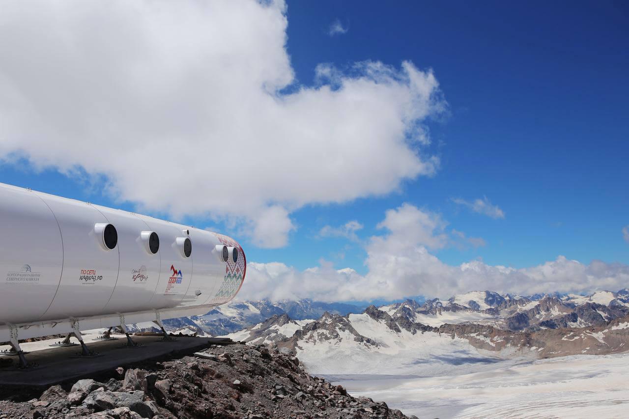 На Эльбрусе открылся самый высокогорный отель в мире