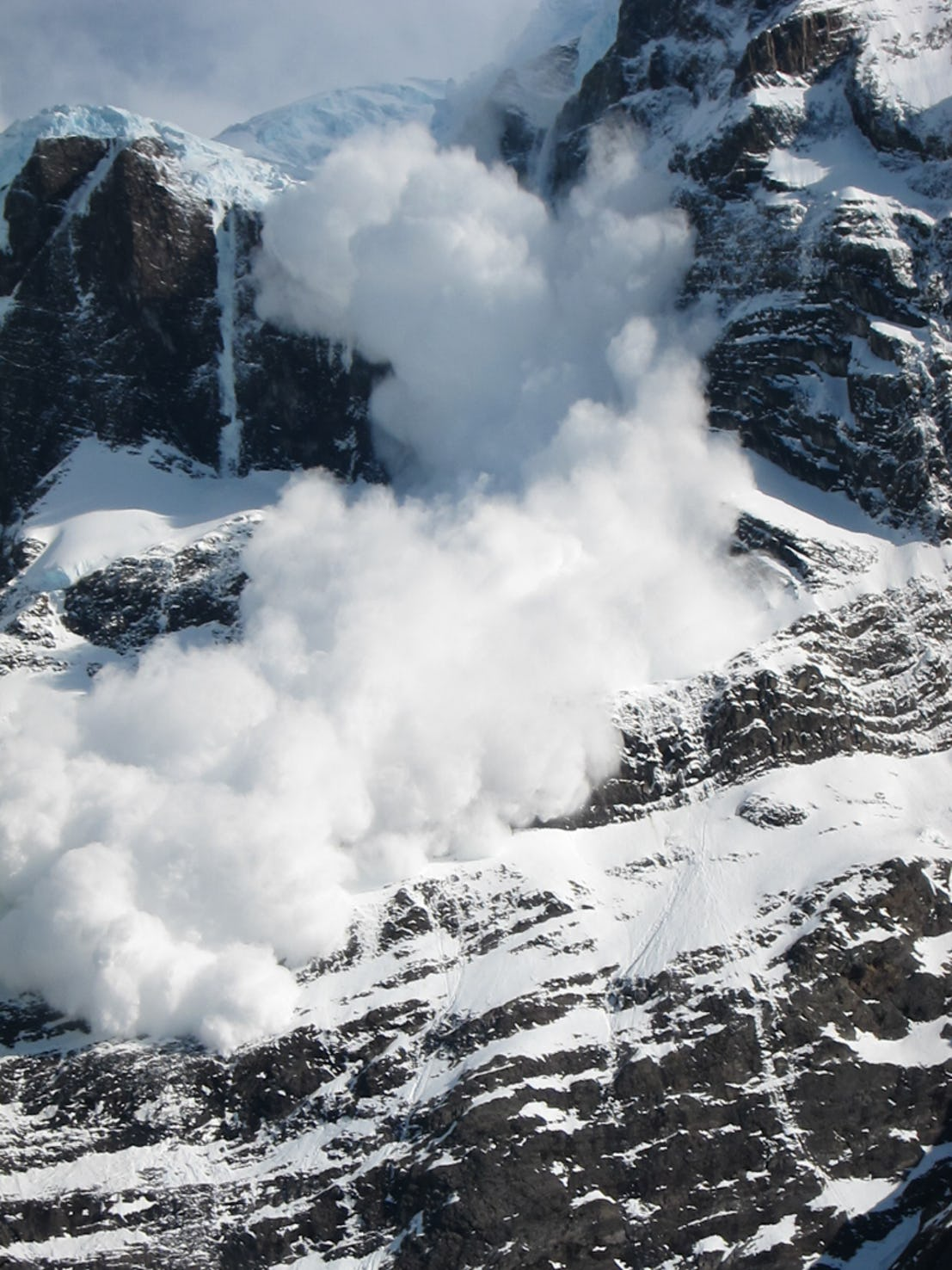 Снежная лавина Патагония 2016