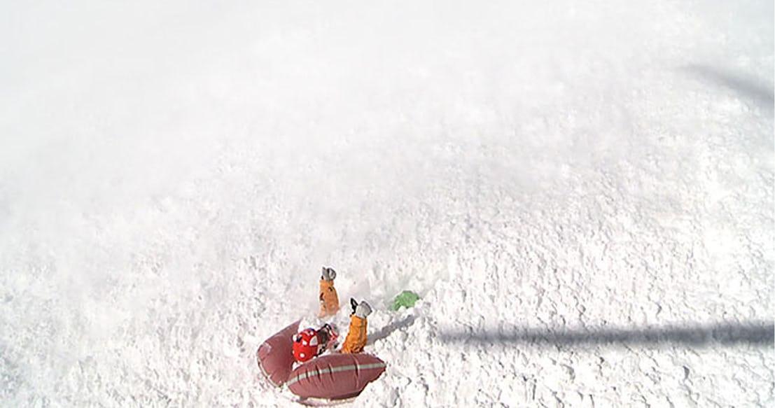 Снежная лавина Испанские Пиренеи 2013