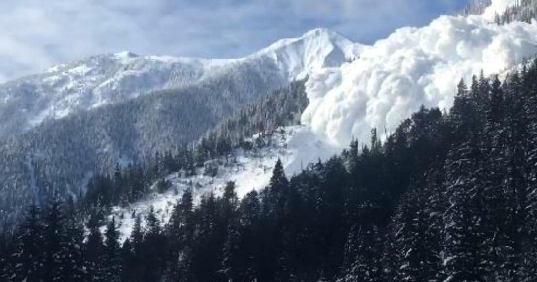 Снежная лавина Британская Колумбия 2018