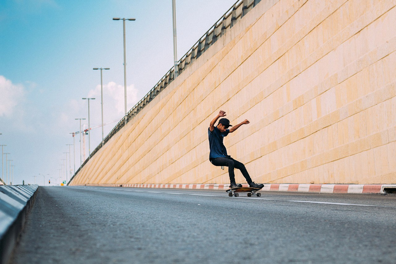 Как научиться кататься на скейтборде с нуля