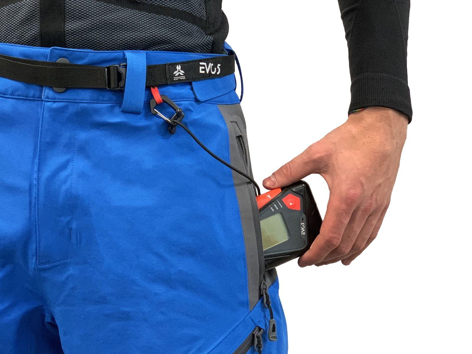 Антилавинный датчик ARVA для поиска людей под лавиной